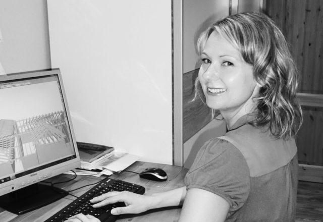 Claudia Wels, Bürokauffrau & Chefin